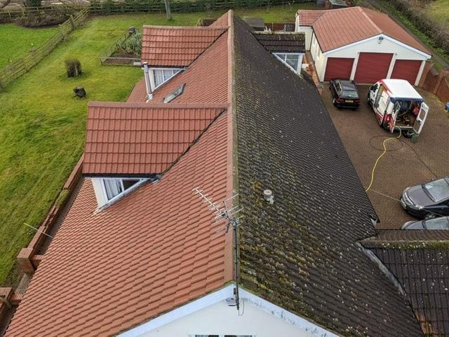Nettoyage toiture avant - apres